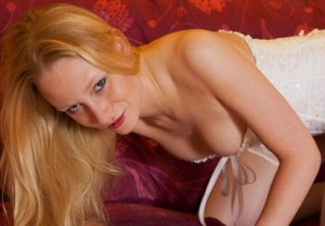 Assira - telefonsex mit webcam